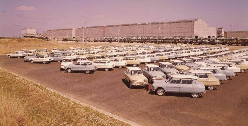 1963. a AMI 6 Berline'i autopark Rennes'i tehases