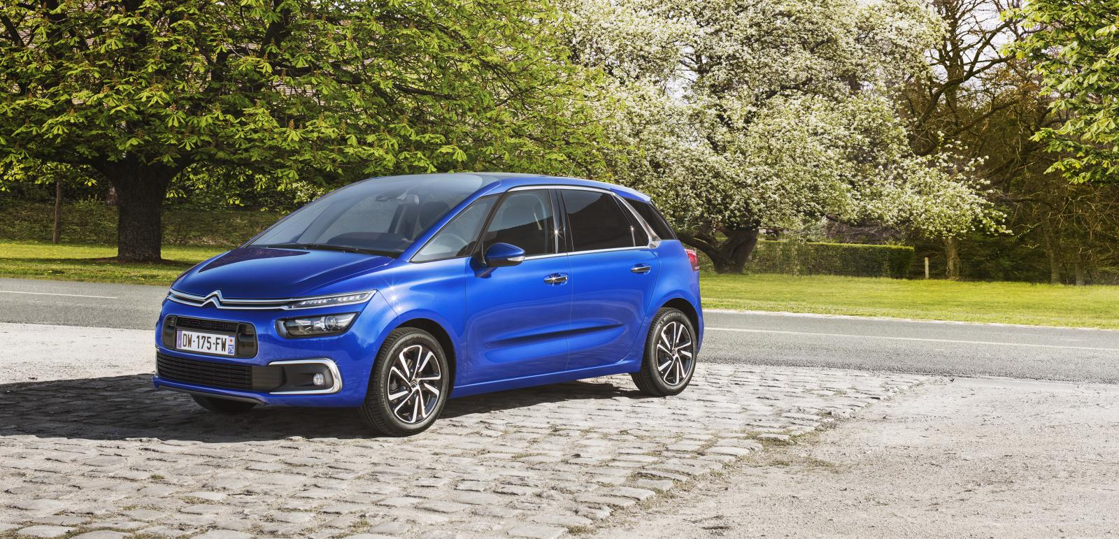 2016. a C4 Picasso Shine Lazuli Blue ¾ eestvaade