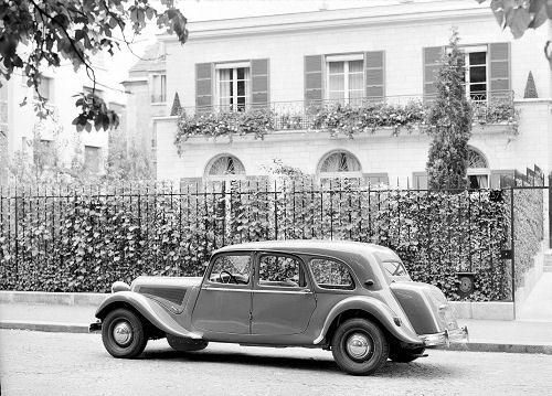 1953. a Traction 15 SIX D pagasiruumiga pereauto
